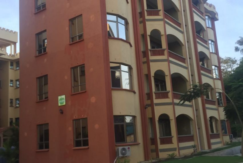 4 bedroom apartment Mtwapa Shanzu outsidde