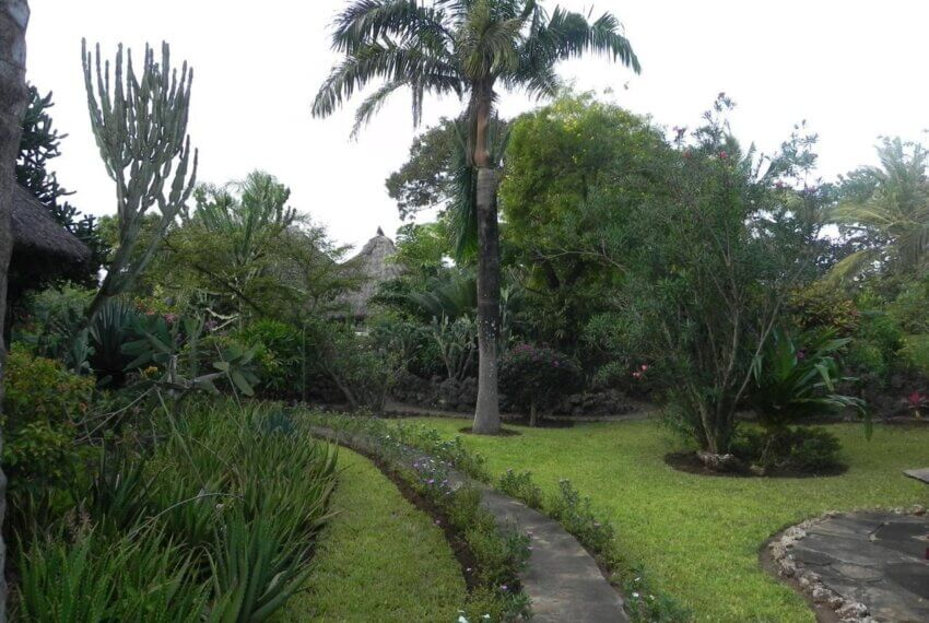 1/4 Acre Plot, Second Row, Diani
